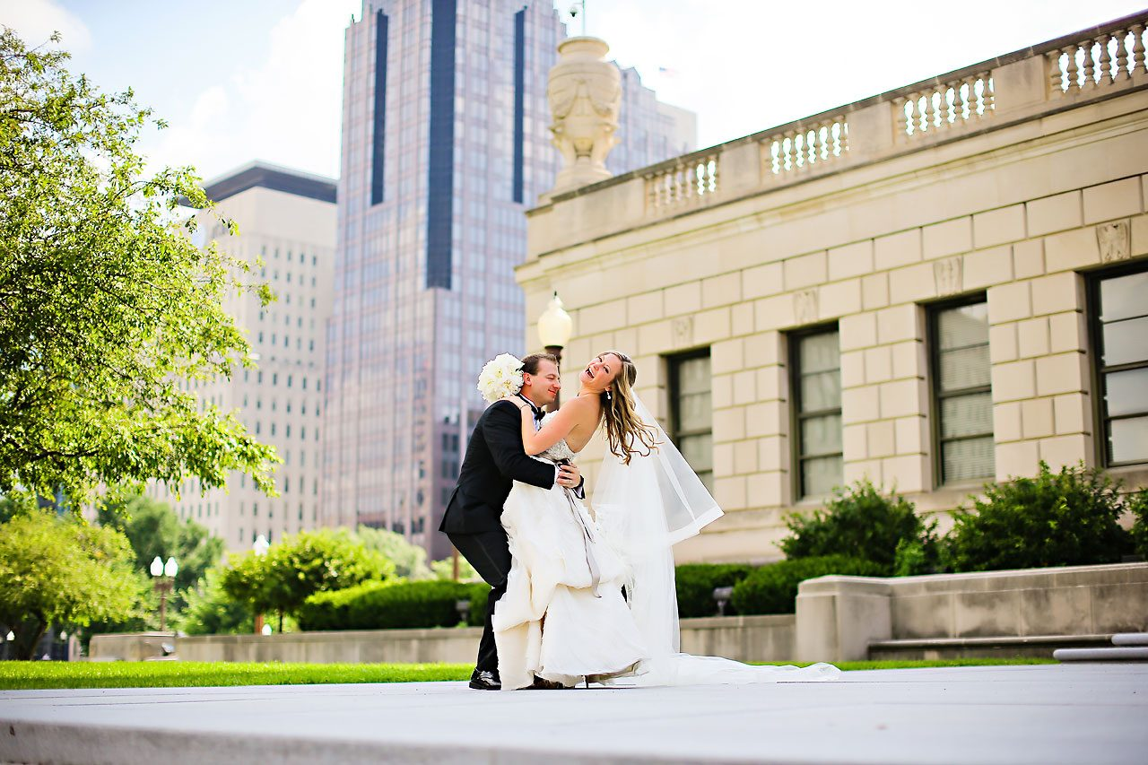 Moey Drew Indiana Roof Ballroom Wedding 140
