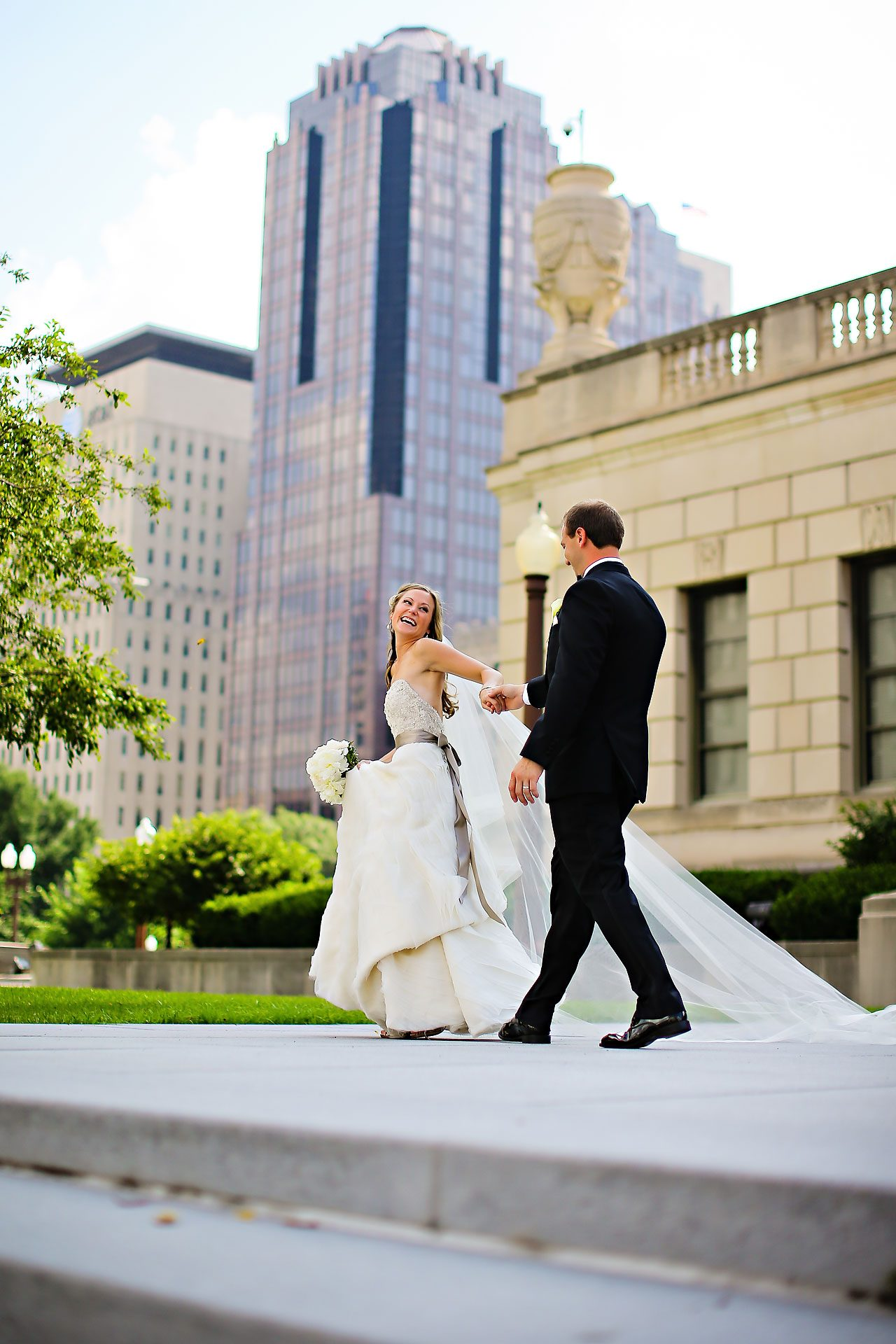 Moey Drew Indiana Roof Ballroom Wedding 142