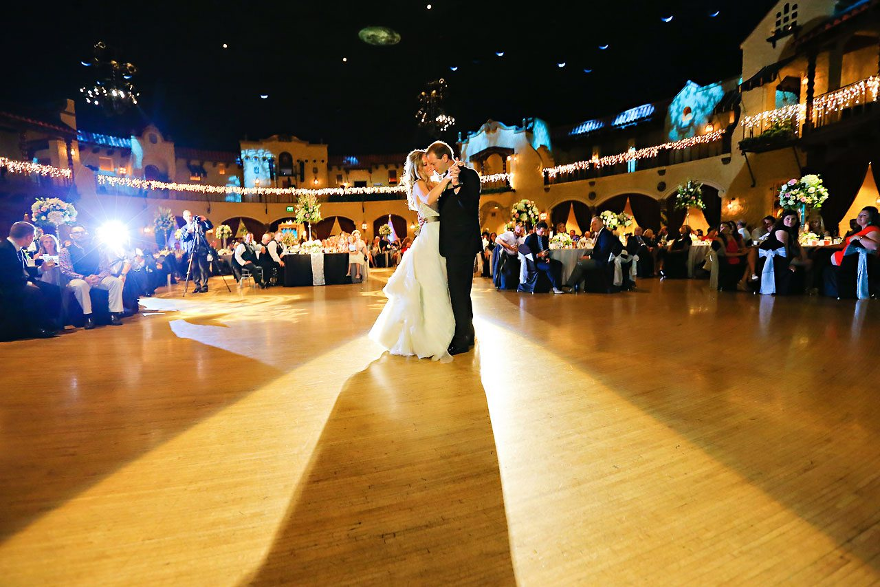 Moey Drew Indiana Roof Ballroom Wedding 216