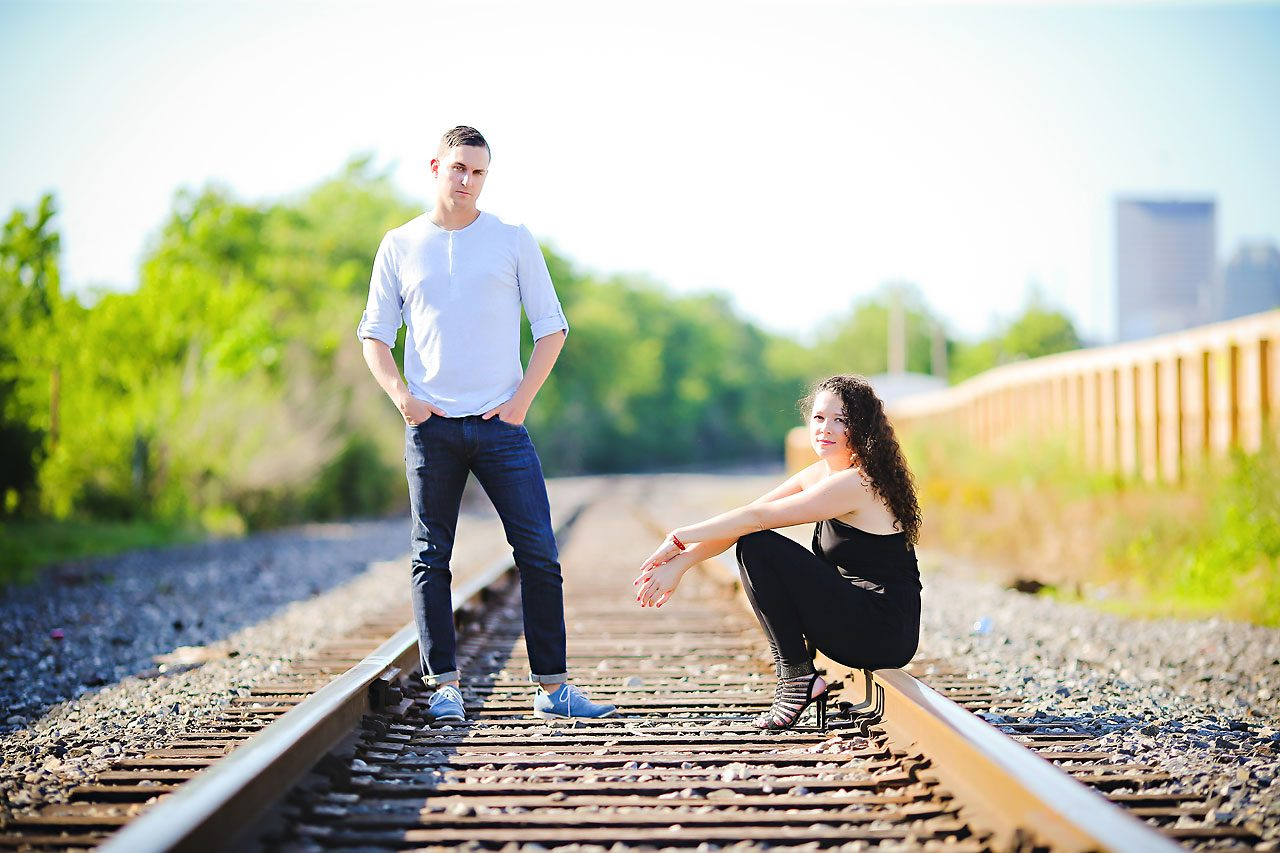Liz Eric Indianapolis Engagement Session 017