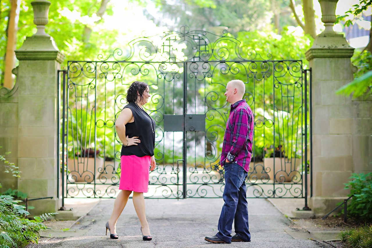 Brianna Eric Indianapolis Engagement Photographs 009
