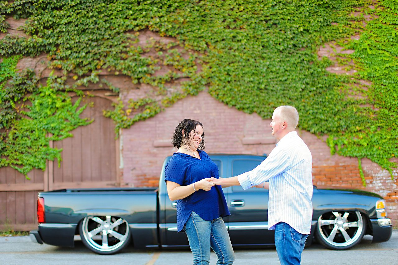 Brianna Eric Indianapolis Engagement Photographs 082