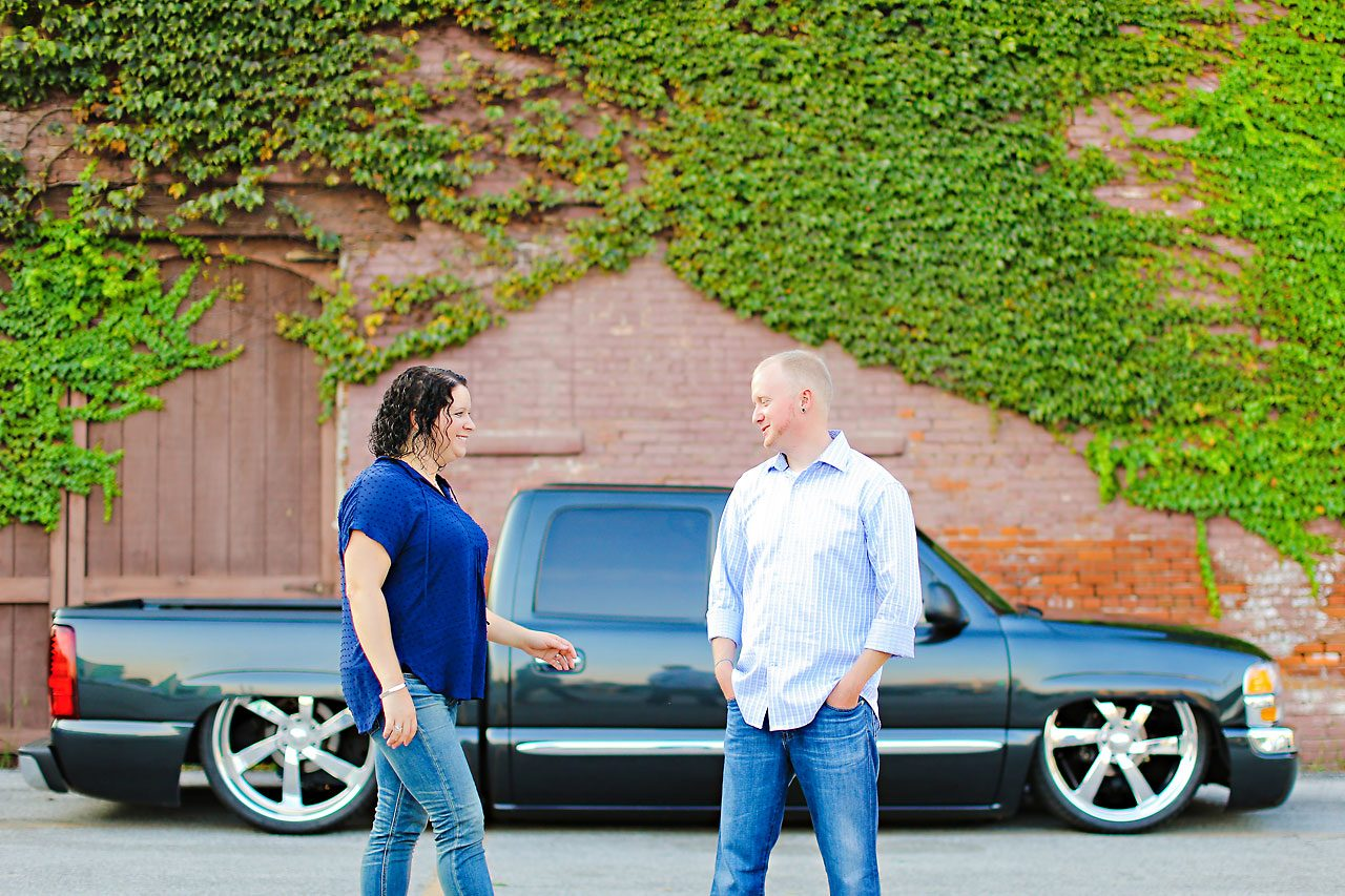 Brianna Eric Indianapolis Engagement Photographs 099