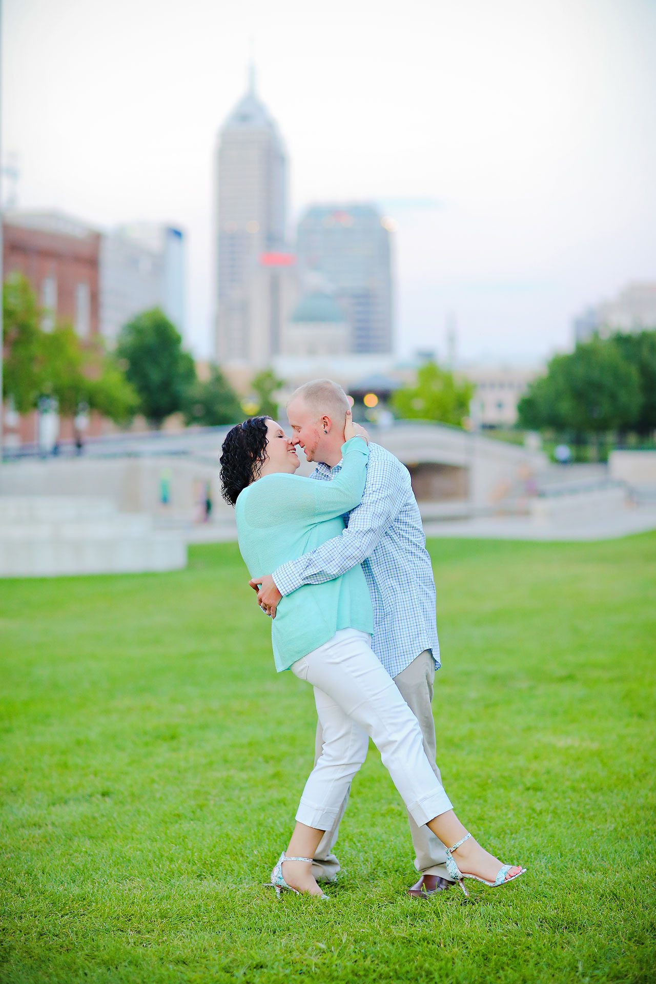 Brianna Eric Indianapolis Engagement Photographs 125