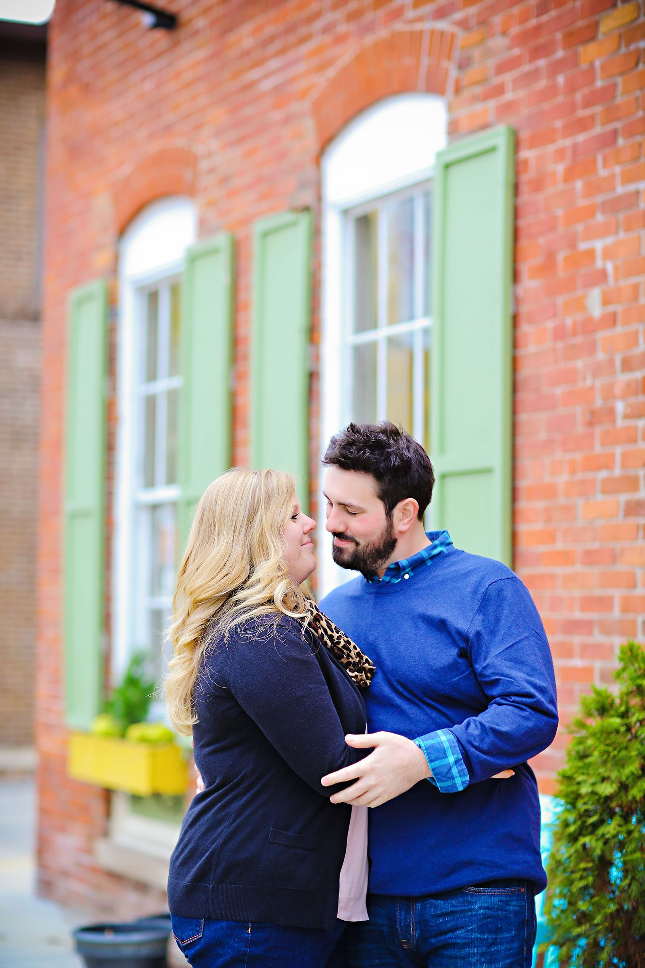 072 Kellie Greg Zionsville Engagement Session