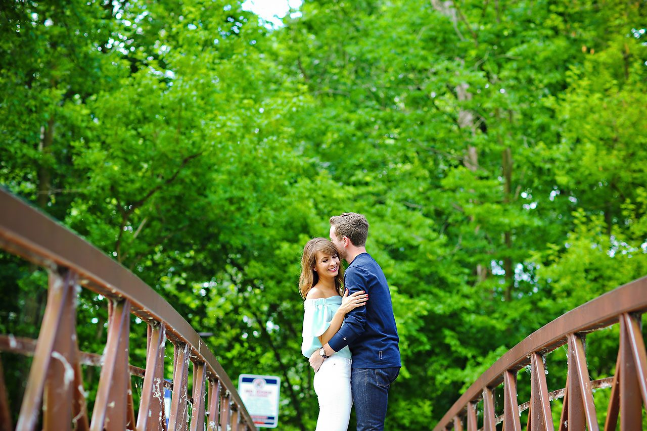 009 Meredith Aaron Indianapolis Engagement Session