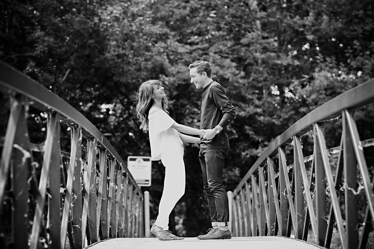 014 Meredith Aaron Indianapolis Engagement Session