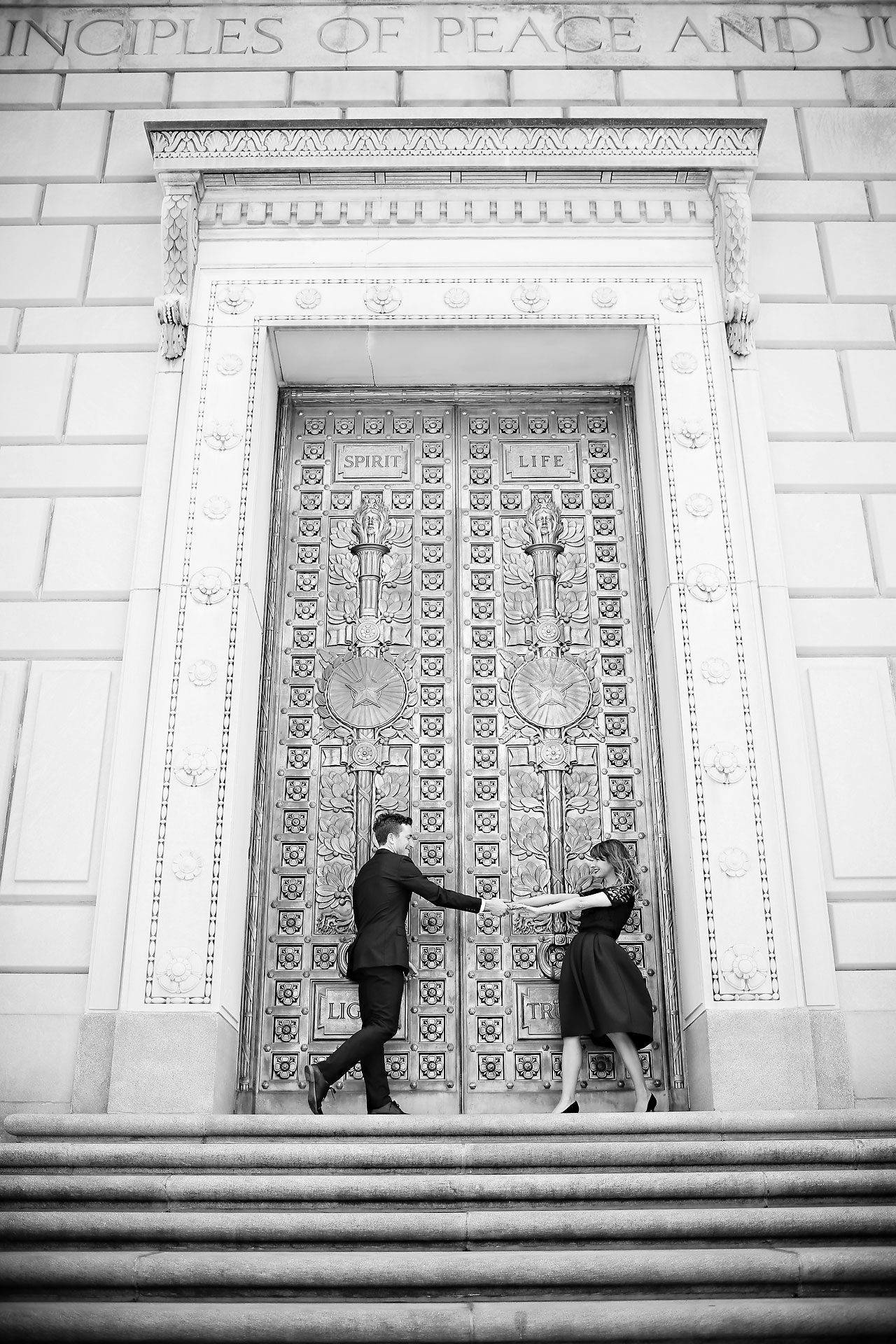081 Meredith Aaron Indianapolis Engagement Session