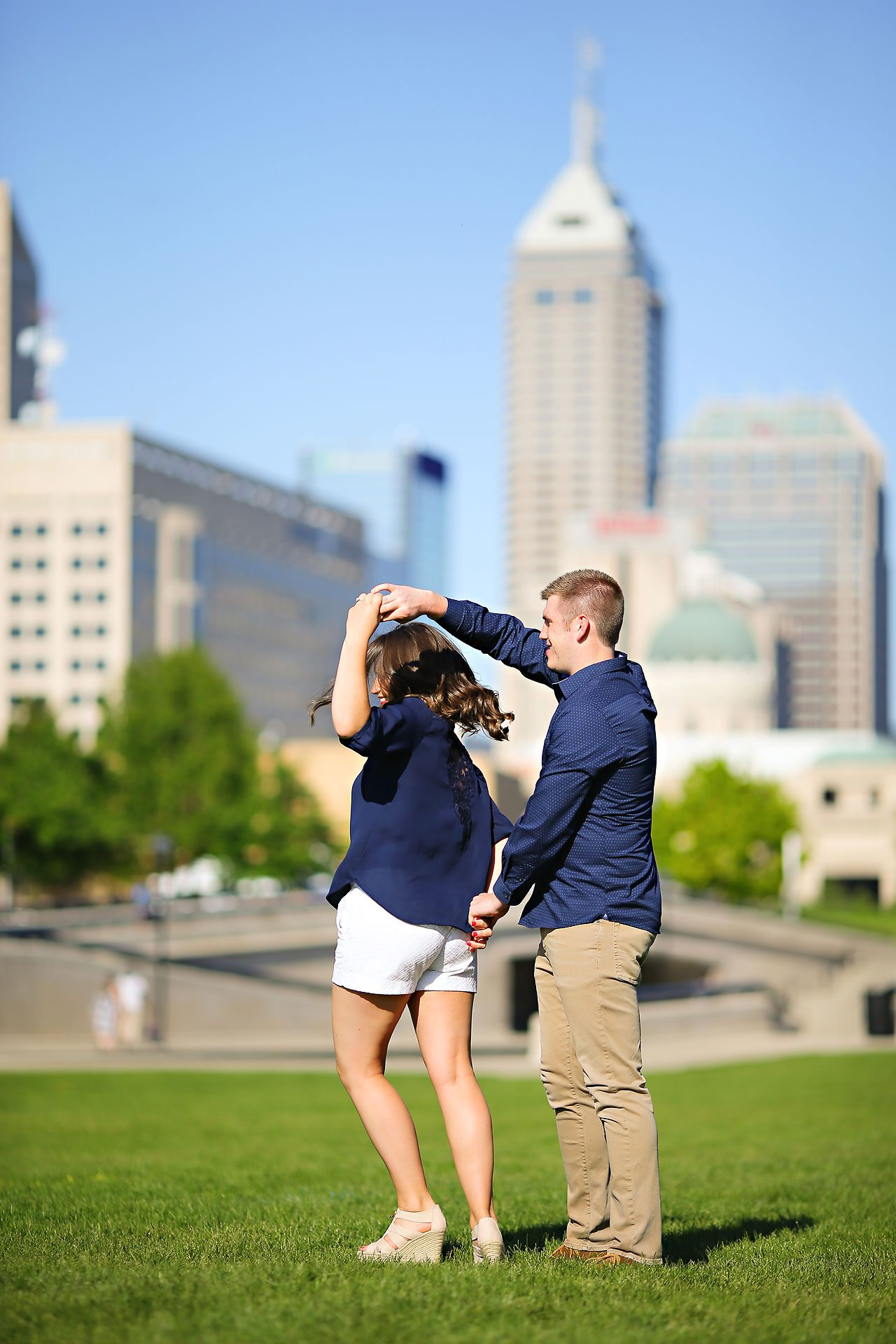 110 emily nathan indianapolis engagement session