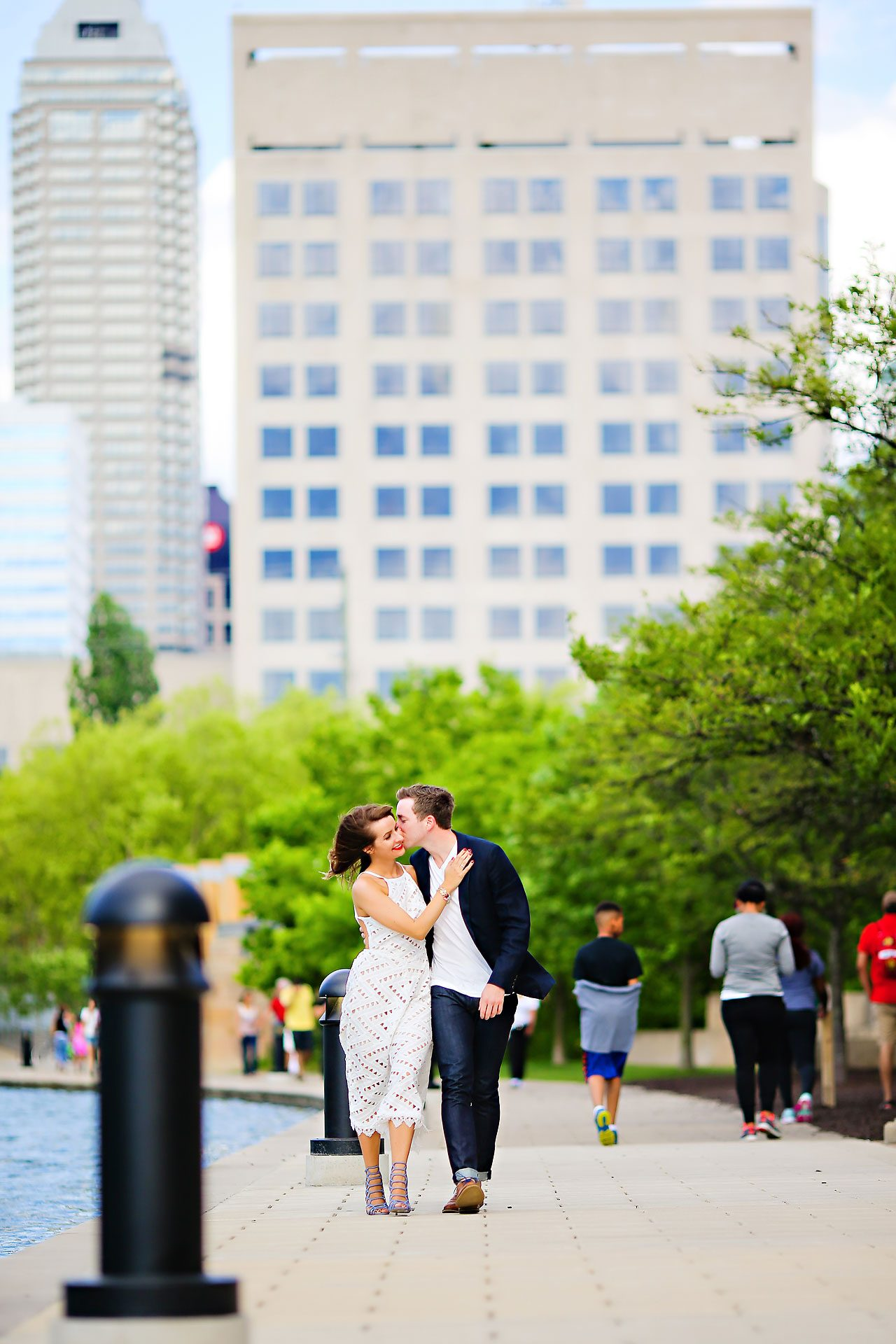 132 Meredith Aaron Indianapolis Engagement Session