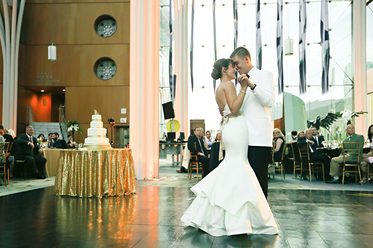 Christine Ryan Indianapolis Central Library Wedding 301