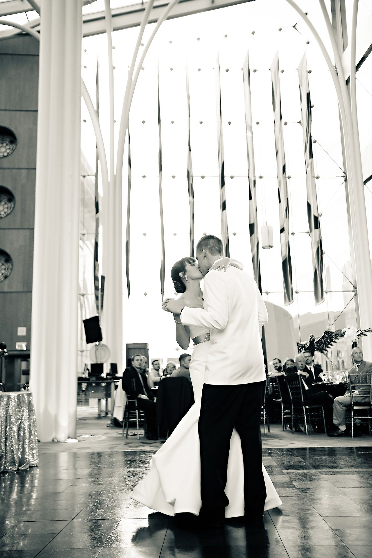 Christine Ryan Indianapolis Central Library Wedding 304