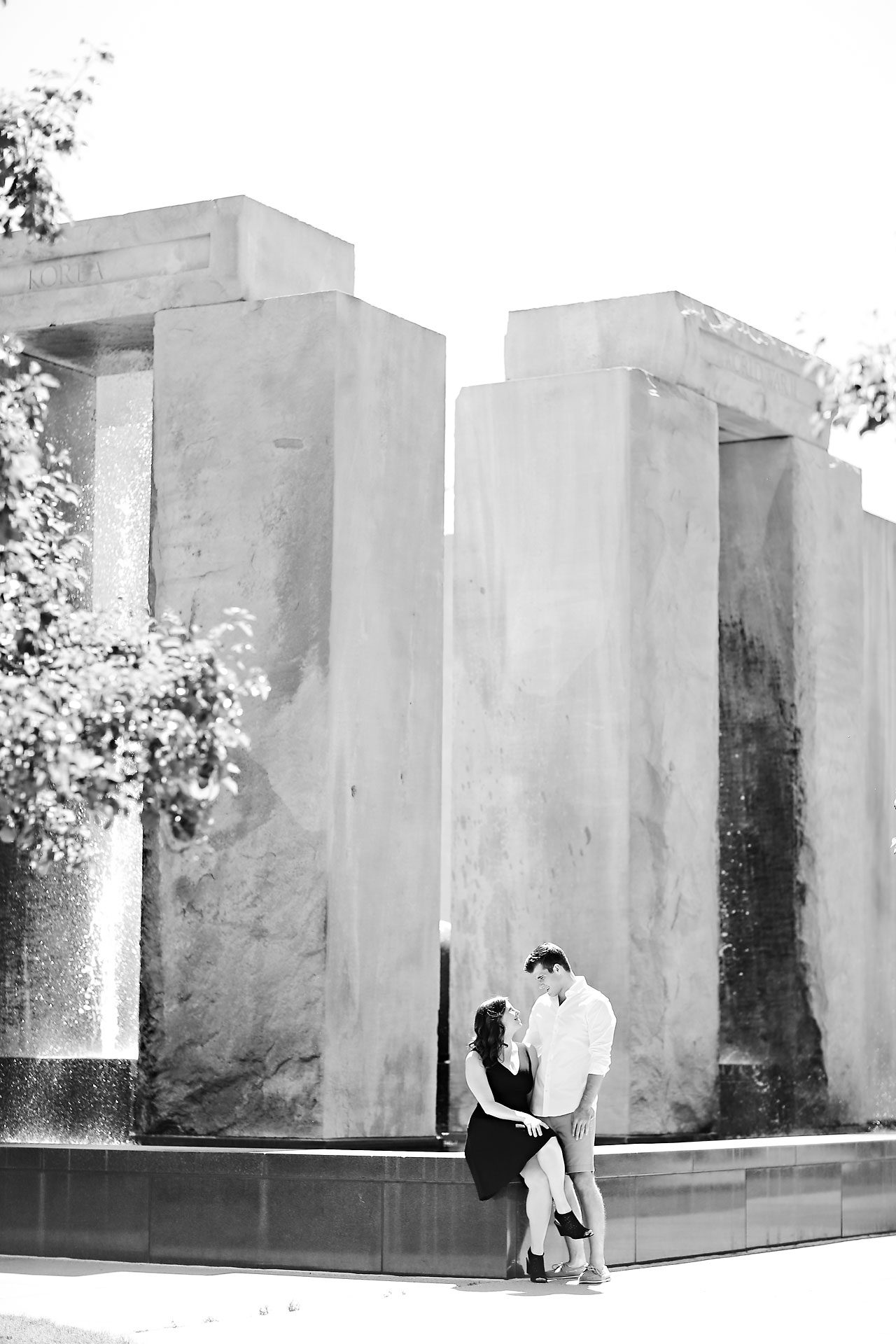 Jessie Chris Notre Dame Engagement Session 030