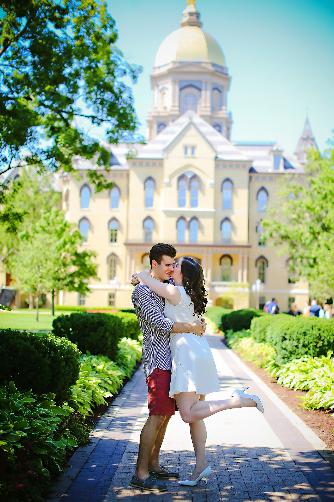 Jessie Chris Notre Dame Engagement Session 058