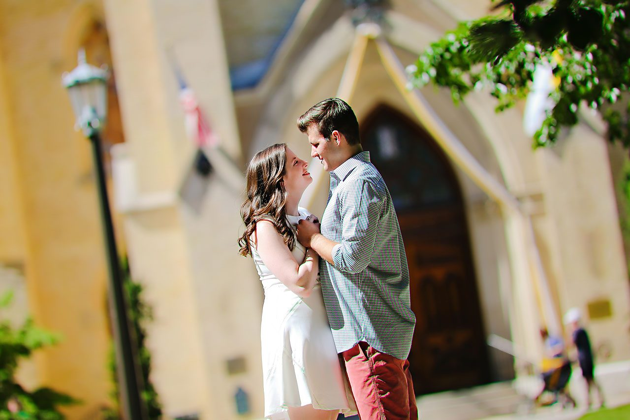 Jessie Chris Notre Dame Engagement Session 086