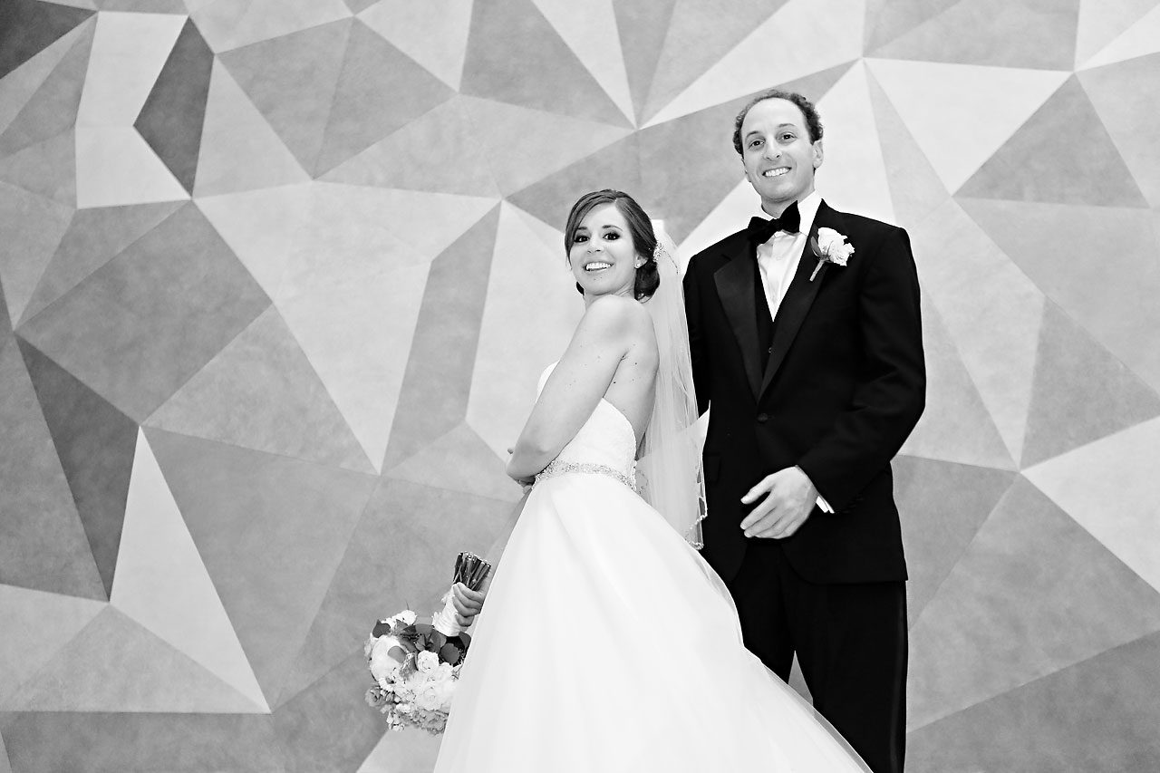 Jackie Charlie Indianapolis Museum of Art Wedding 152