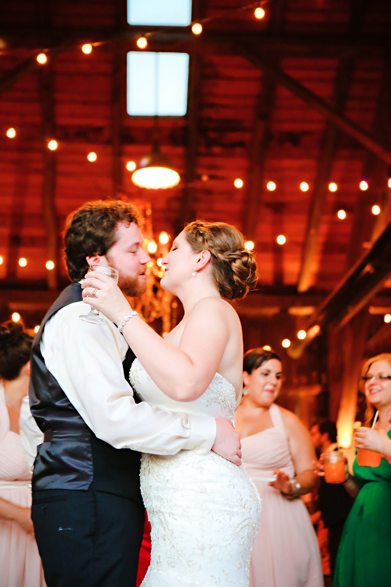 Nikki Weston Traders Point Creamery Zionsville Wedding 353