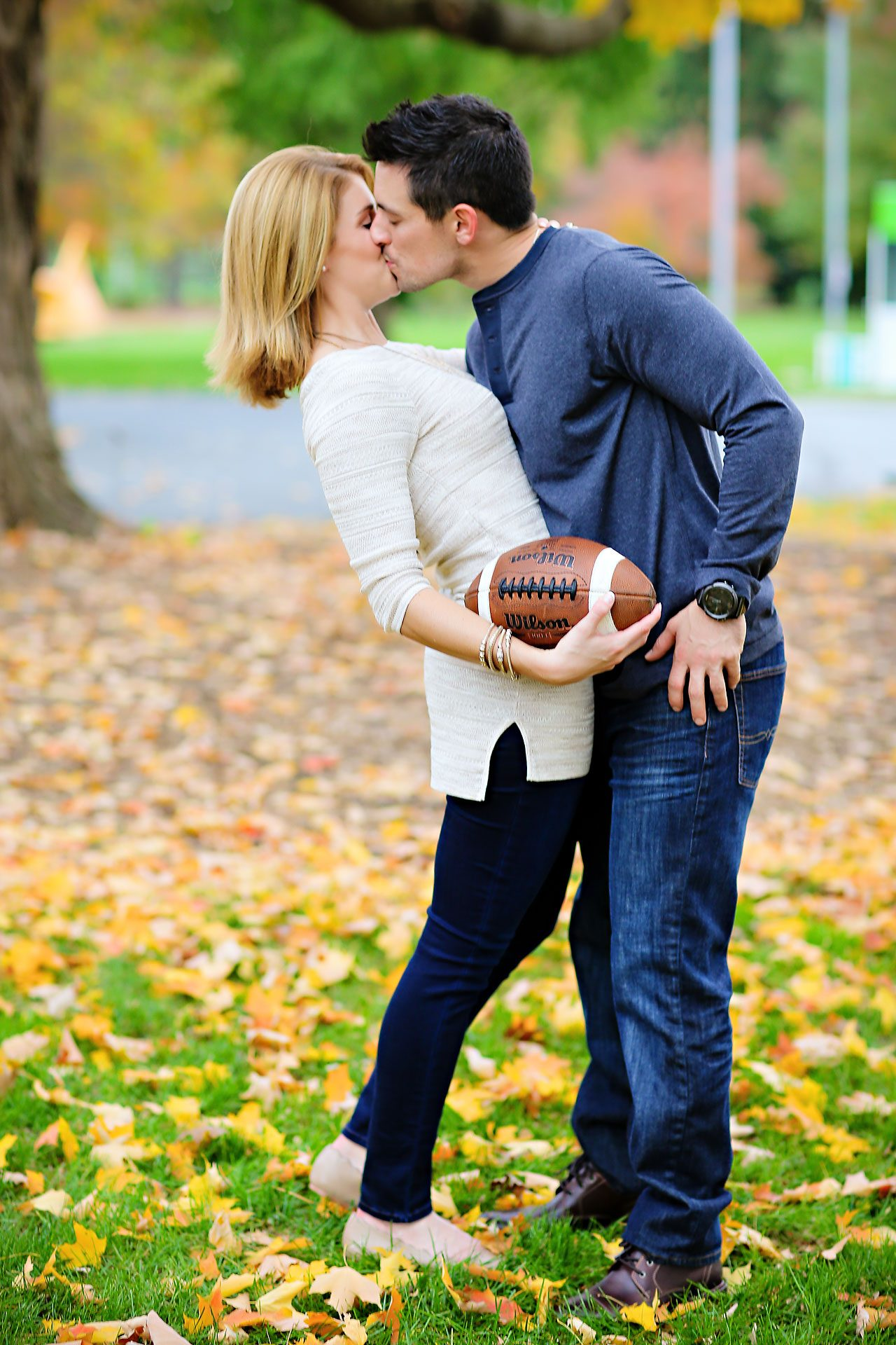 kayci matt indianapolis zionsville engagement session 090