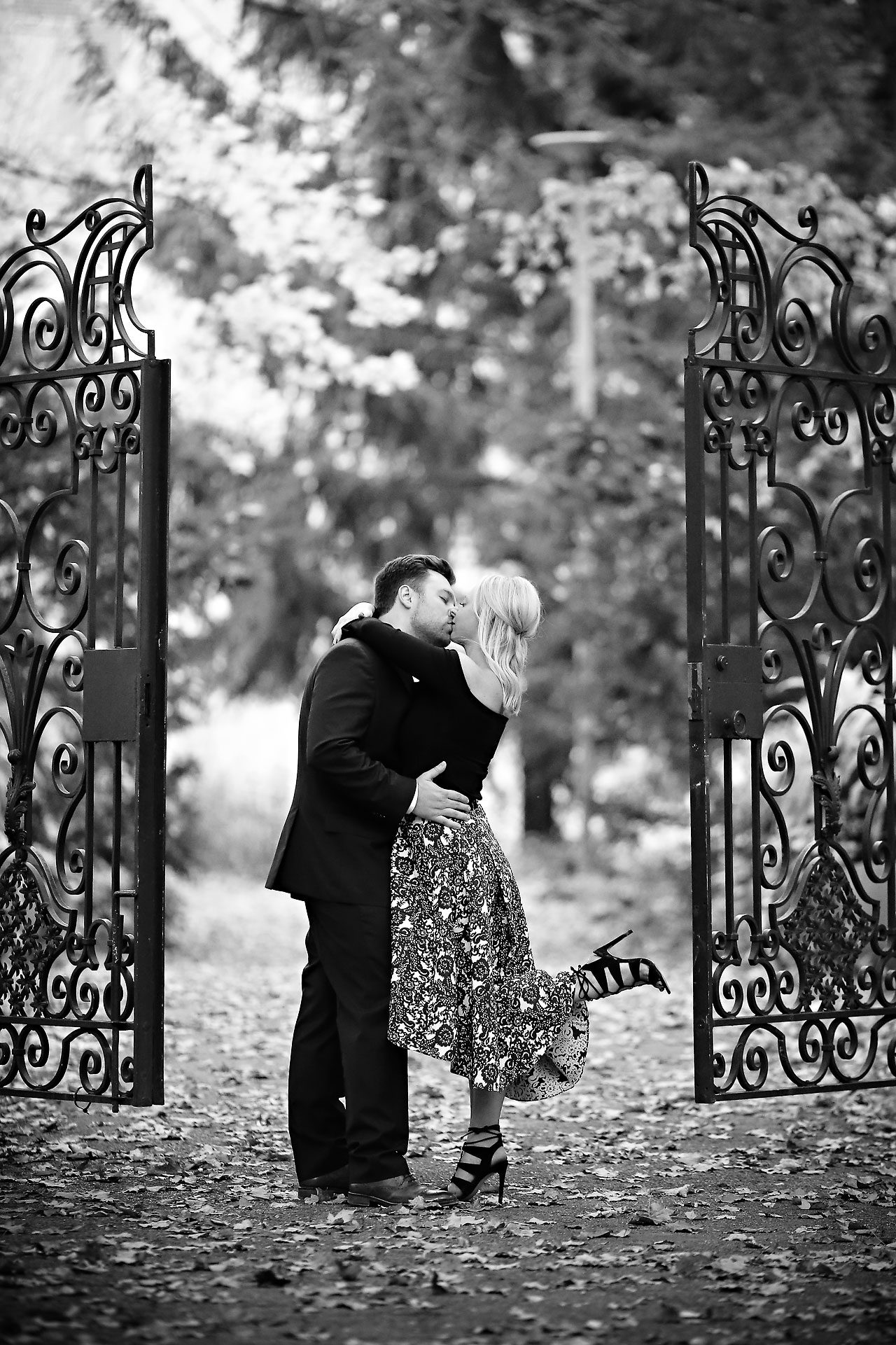 101 chelsea tom indianapolis museum of art engagement session