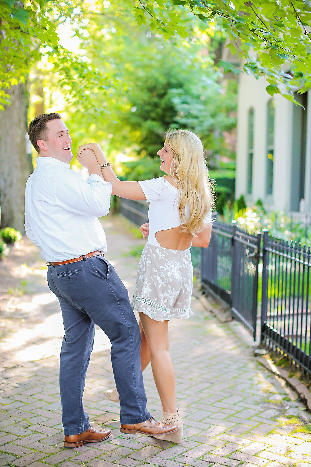 Taryn Jon Indianapolis Engagement Session 110