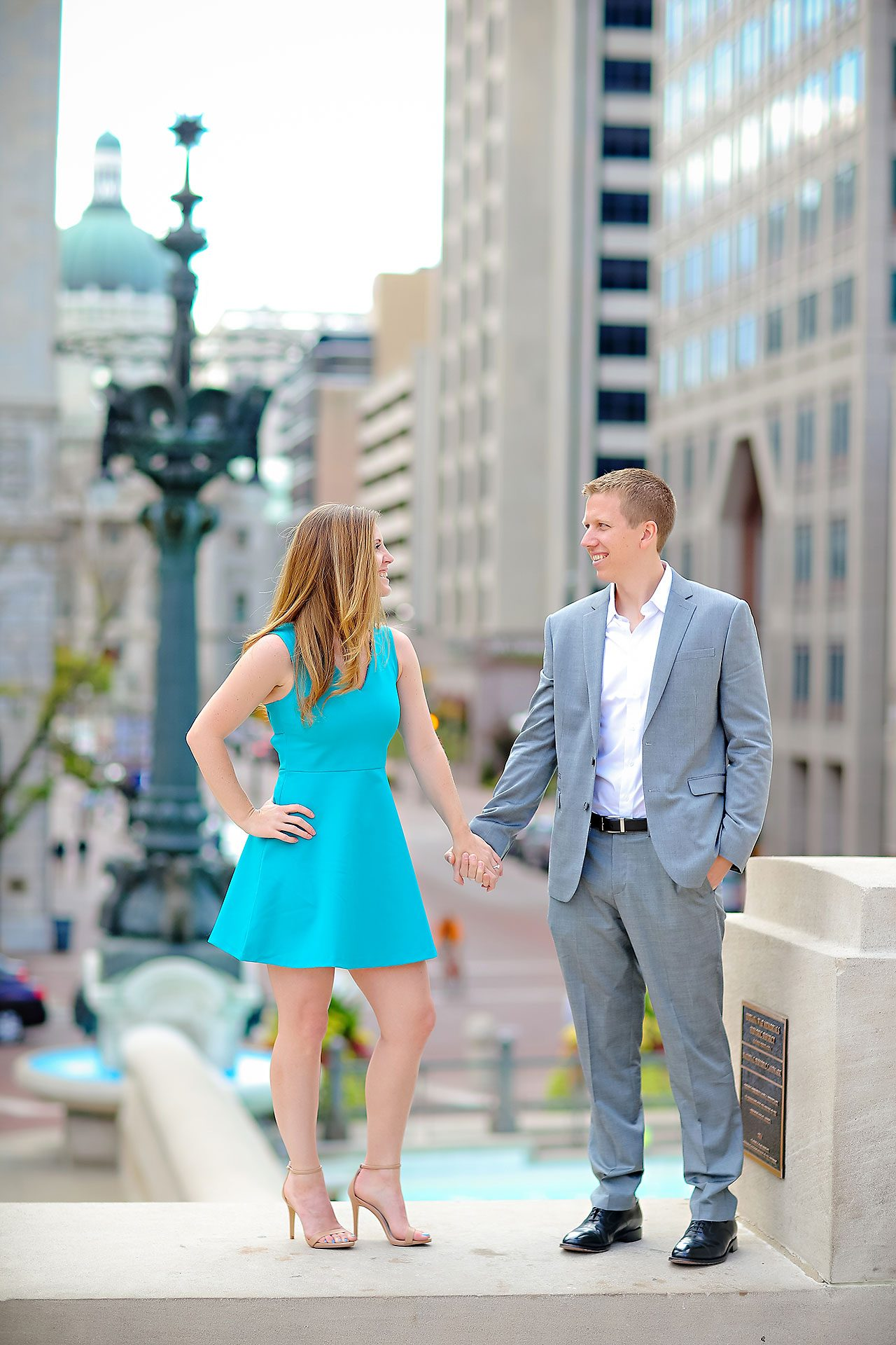 Chelsea Jeff Downtown Indy Engagement Session 015