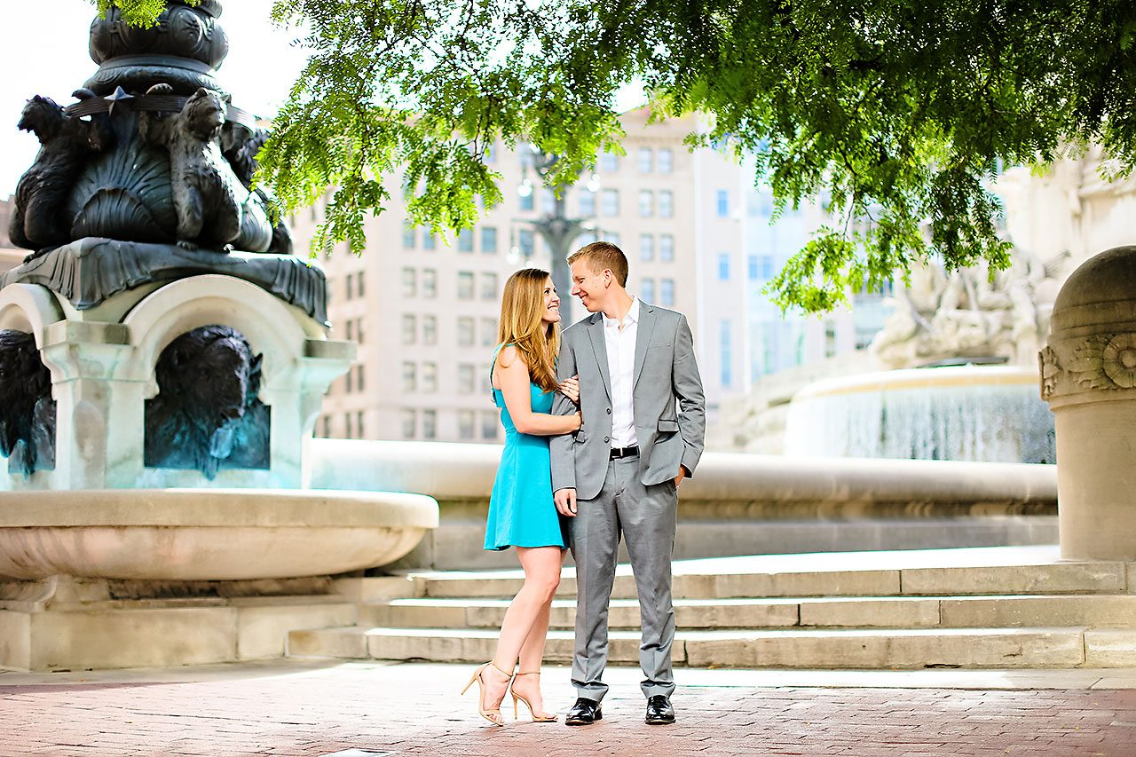 Chelsea Jeff Downtown Indy Engagement Session 022