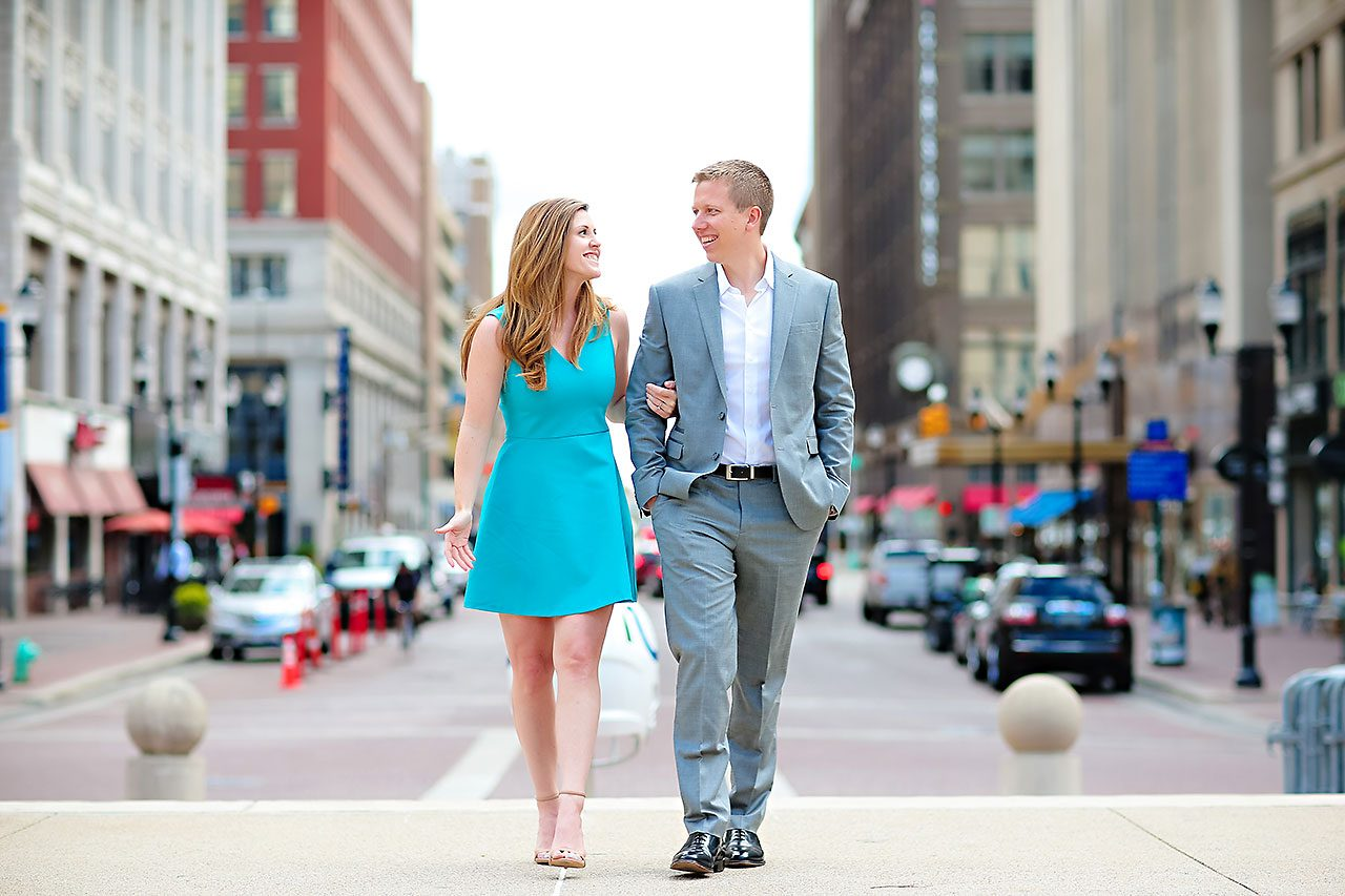 Chelsea Jeff Downtown Indy Engagement Session 024