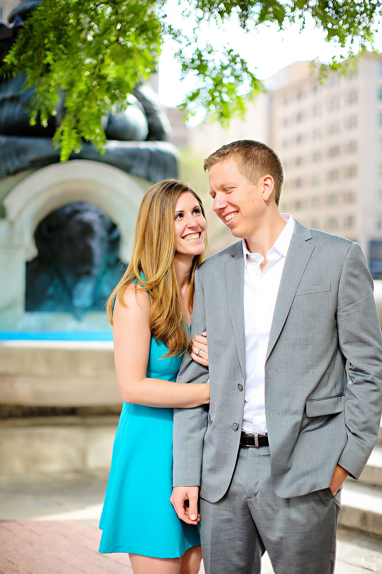 Chelsea Jeff Downtown Indy Engagement Session 049