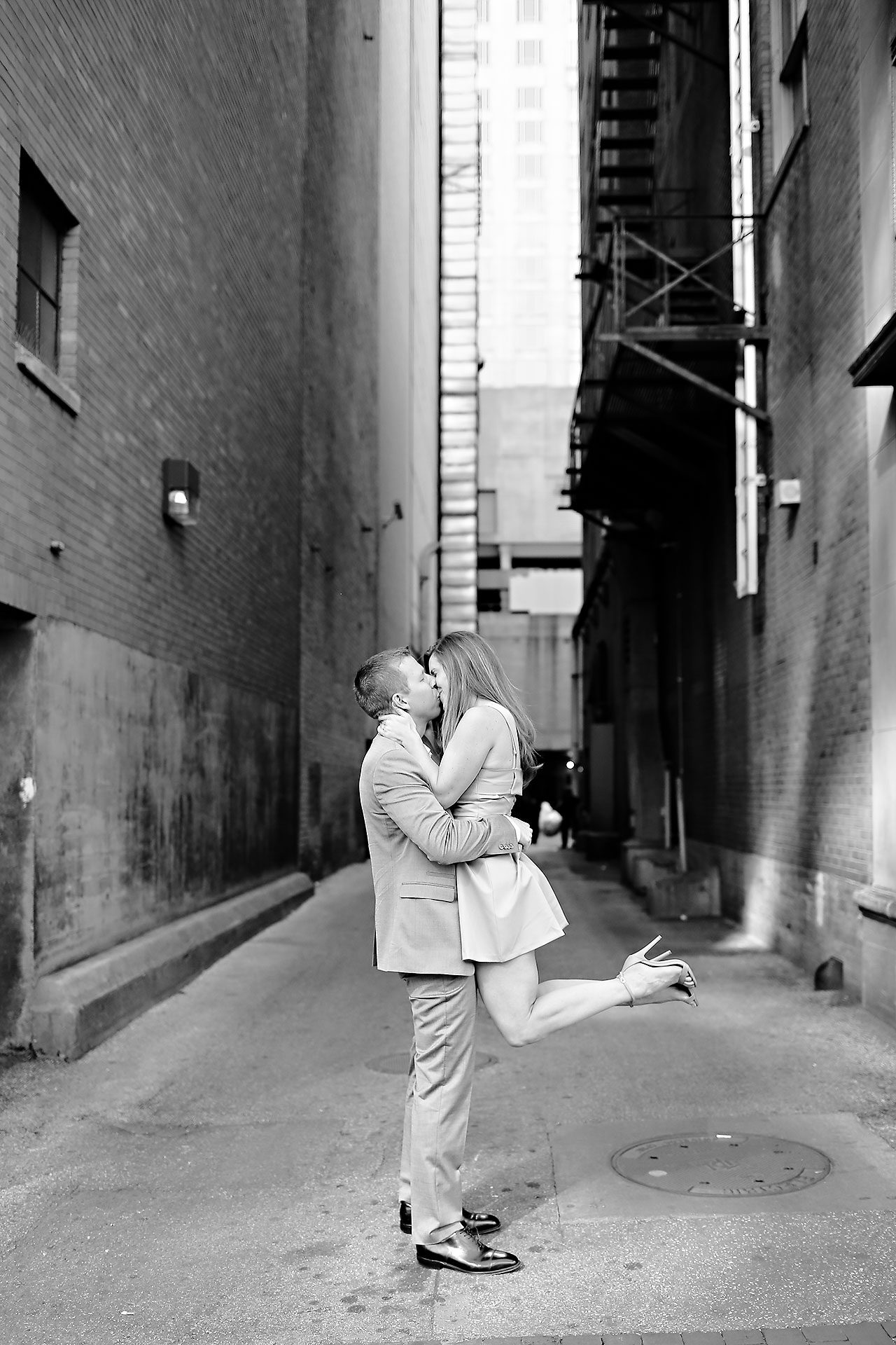 Chelsea Jeff Downtown Indy Engagement Session 086