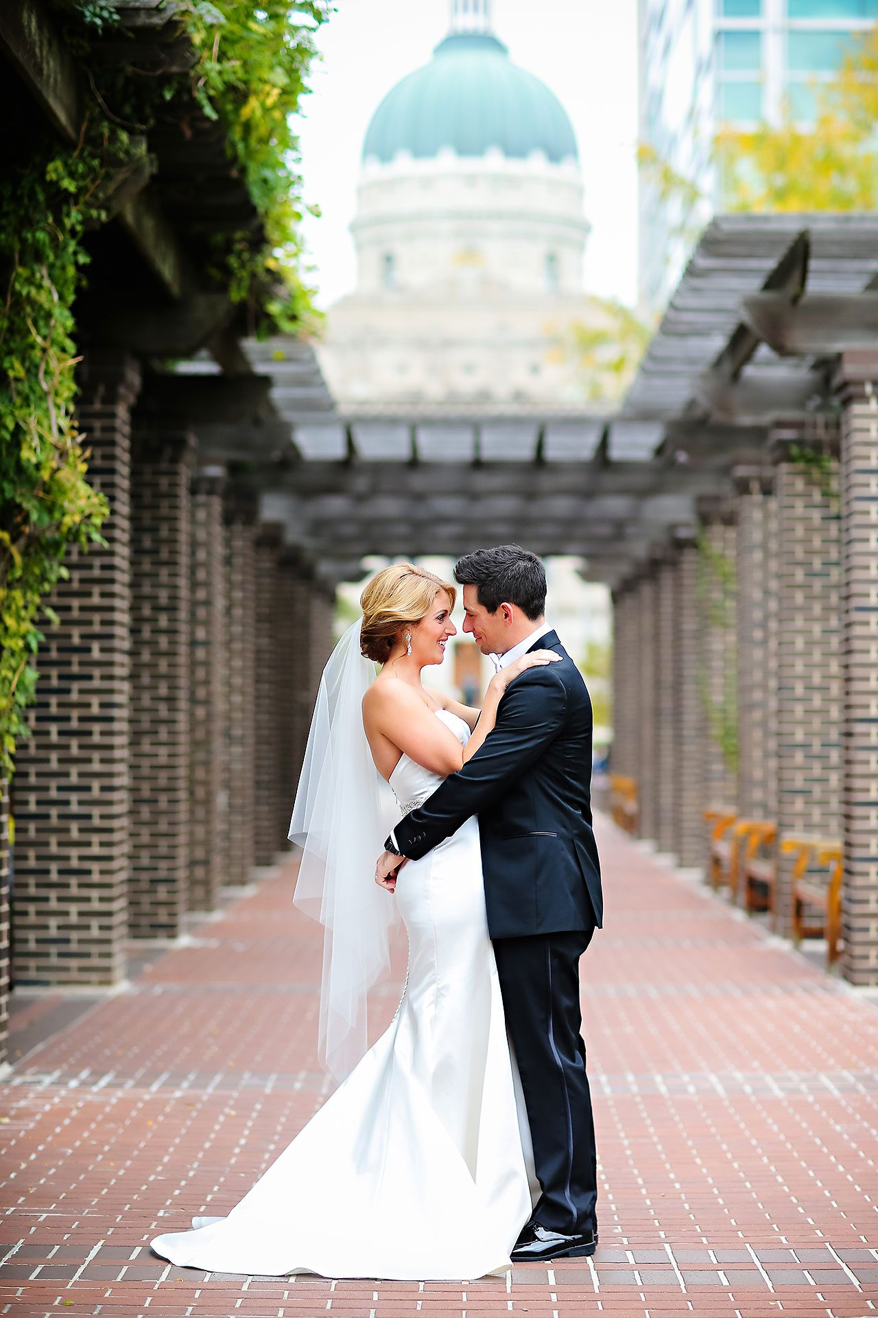 Kayci Matt Indiana Roof Ballroom Indianapolis Wedding 074