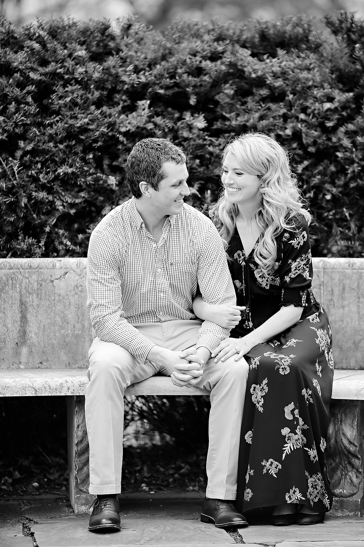 Emily Alex Indianapolis Museum of Art Engagement Session 028