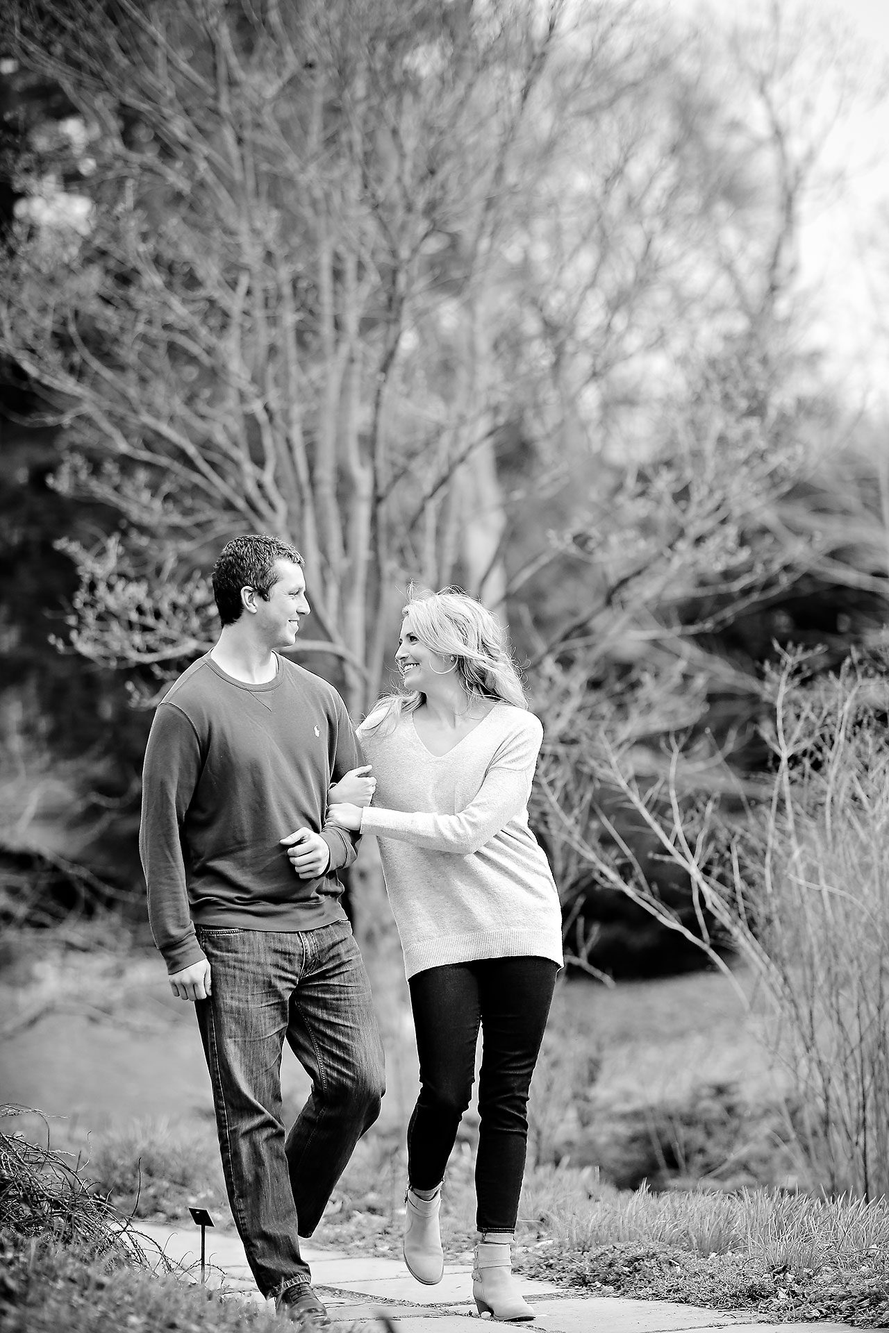 Emily Alex Indianapolis Museum of Art Engagement Session 092