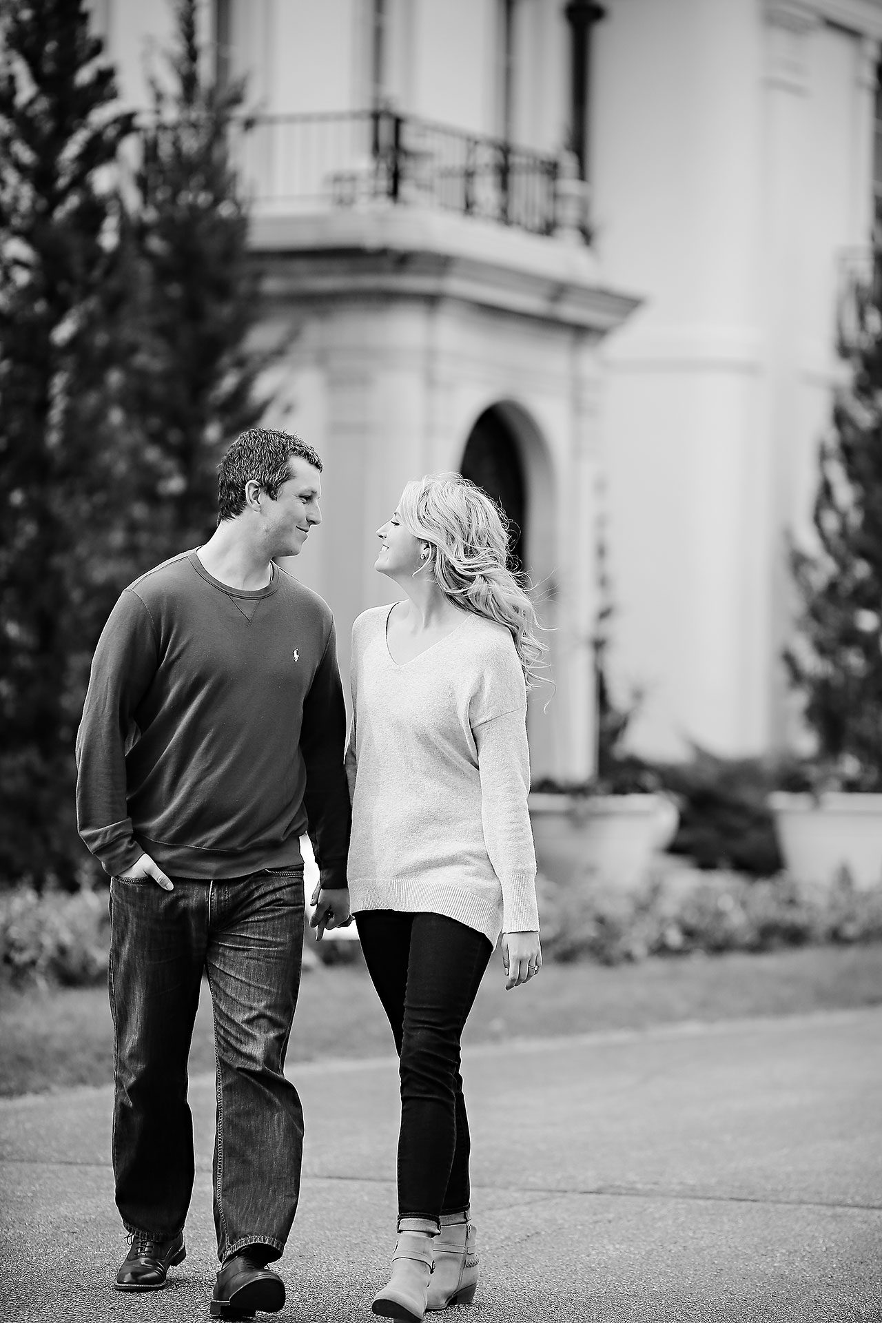 Emily Alex Indianapolis Museum of Art Engagement Session 097