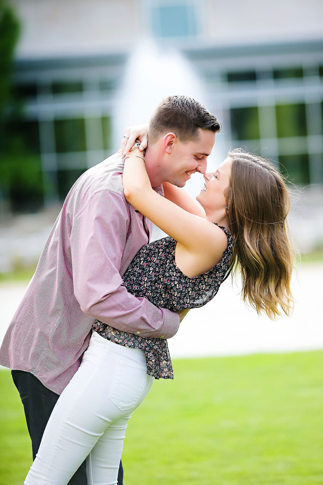 Erin Grant Indianpolis Museum of Art Newfields Engagement Session 061