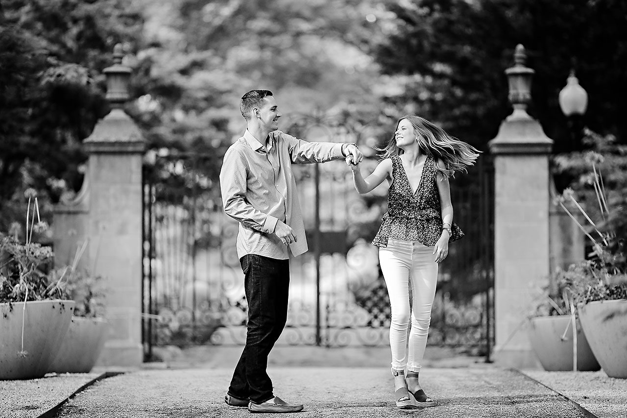 Erin Grant Indianpolis Museum of Art Newfields Engagement Session 068