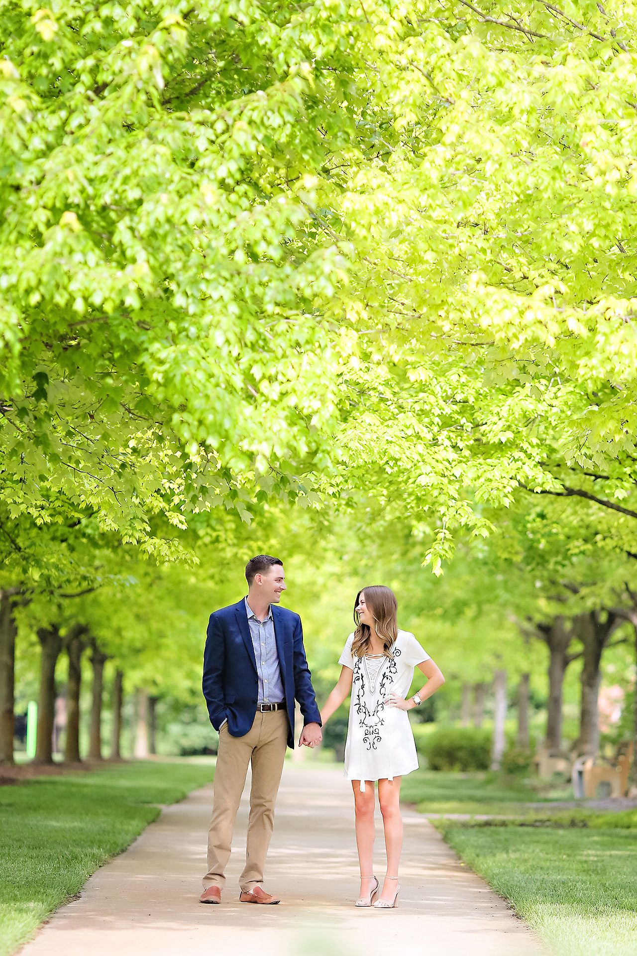 Erin Grant Indianpolis Museum of Art Newfields Engagement Session 075