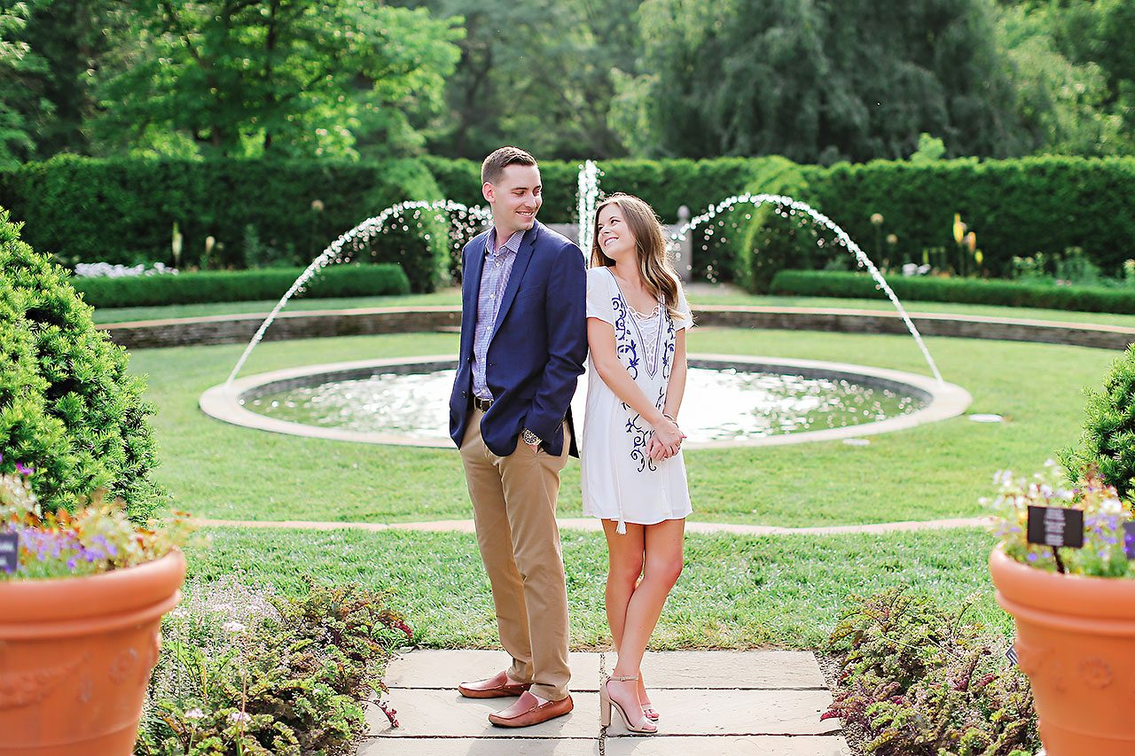 Erin Grant Indianpolis Museum of Art Newfields Engagement Session 079