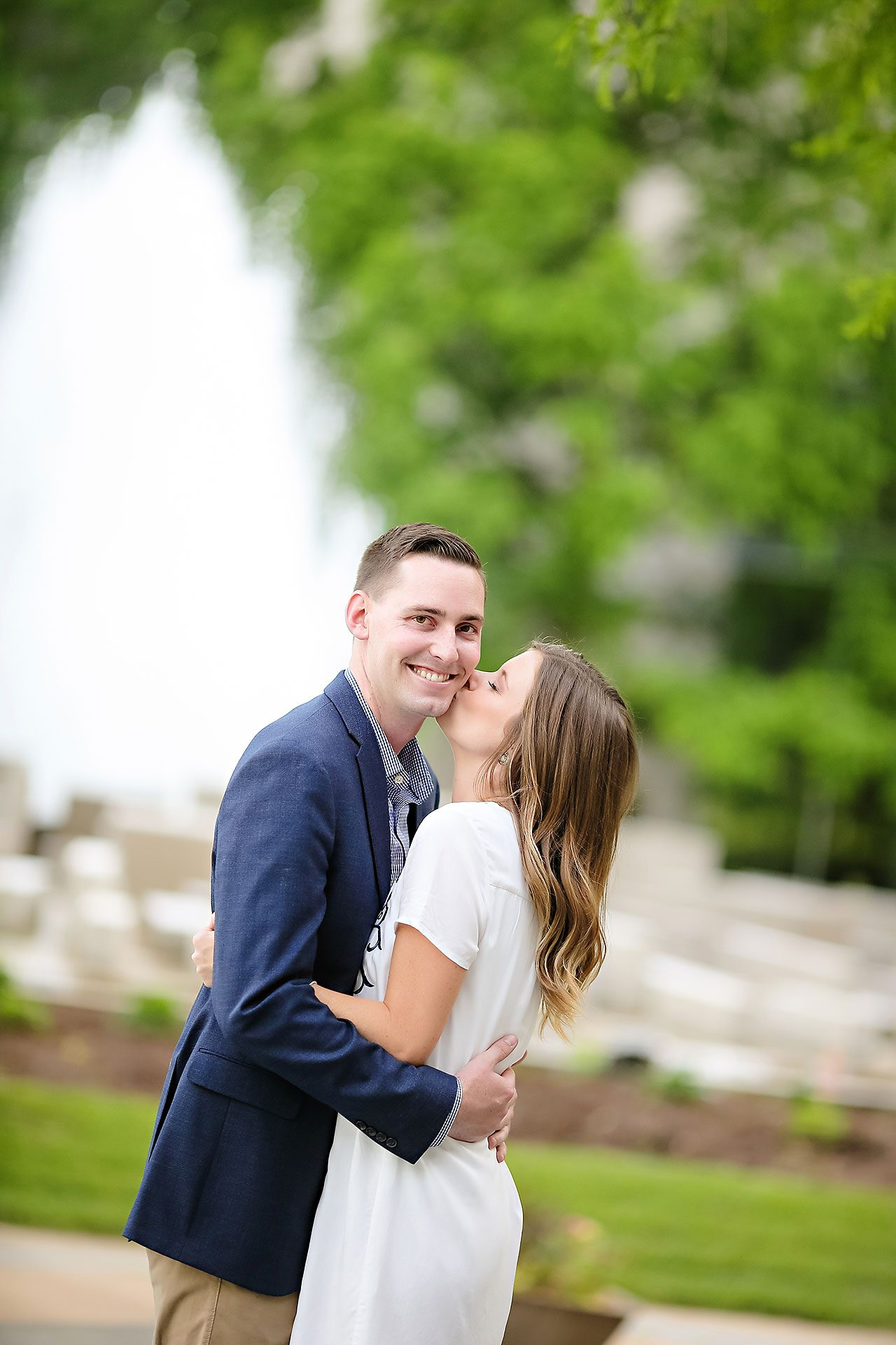 Erin Grant Indianpolis Museum of Art Newfields Engagement Session 114