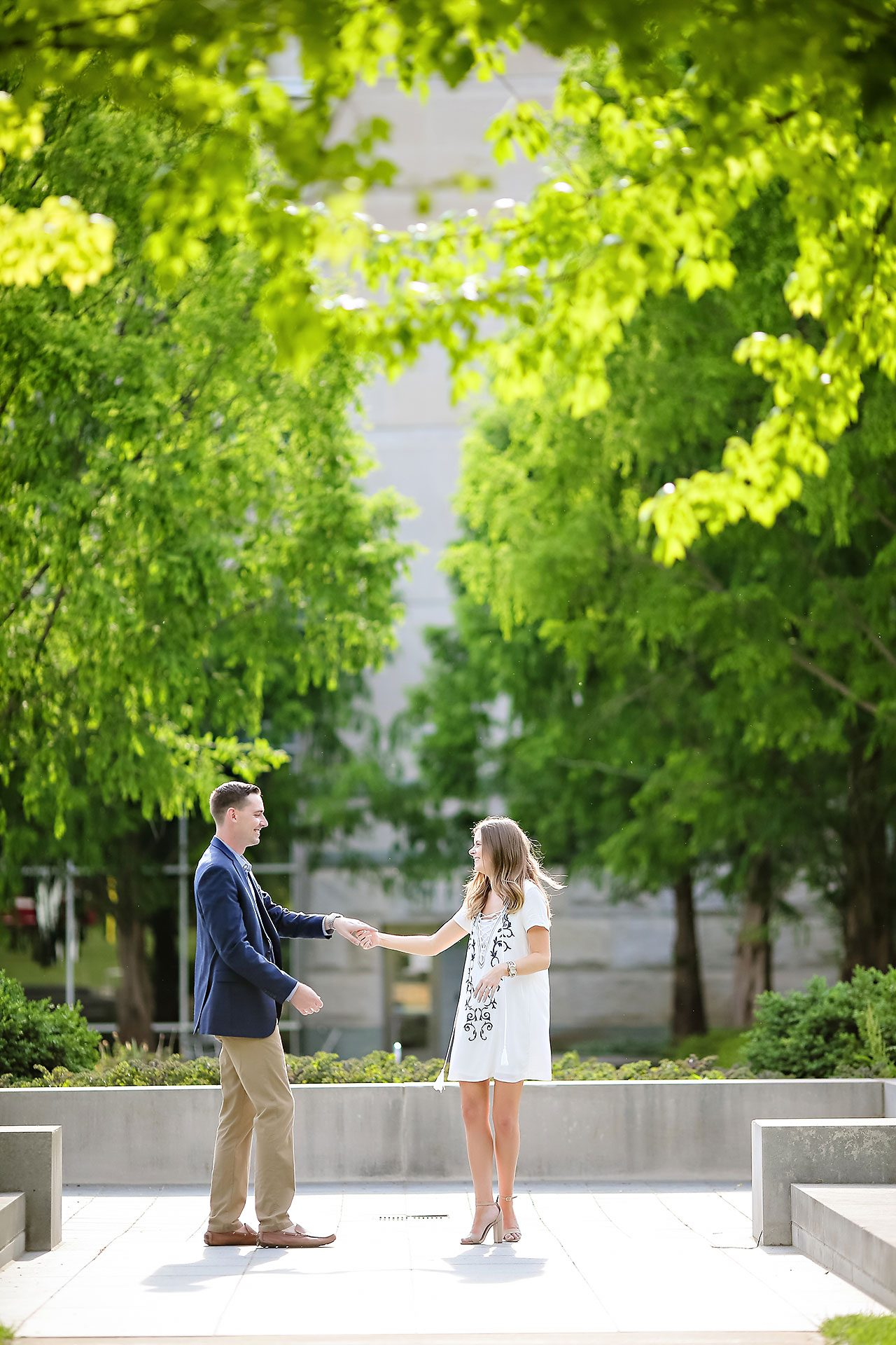 Erin Grant Indianpolis Museum of Art Newfields Engagement Session 115