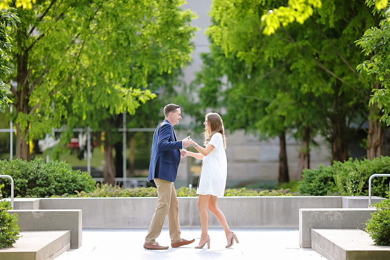 Erin Grant Indianpolis Museum of Art Newfields Engagement Session 126