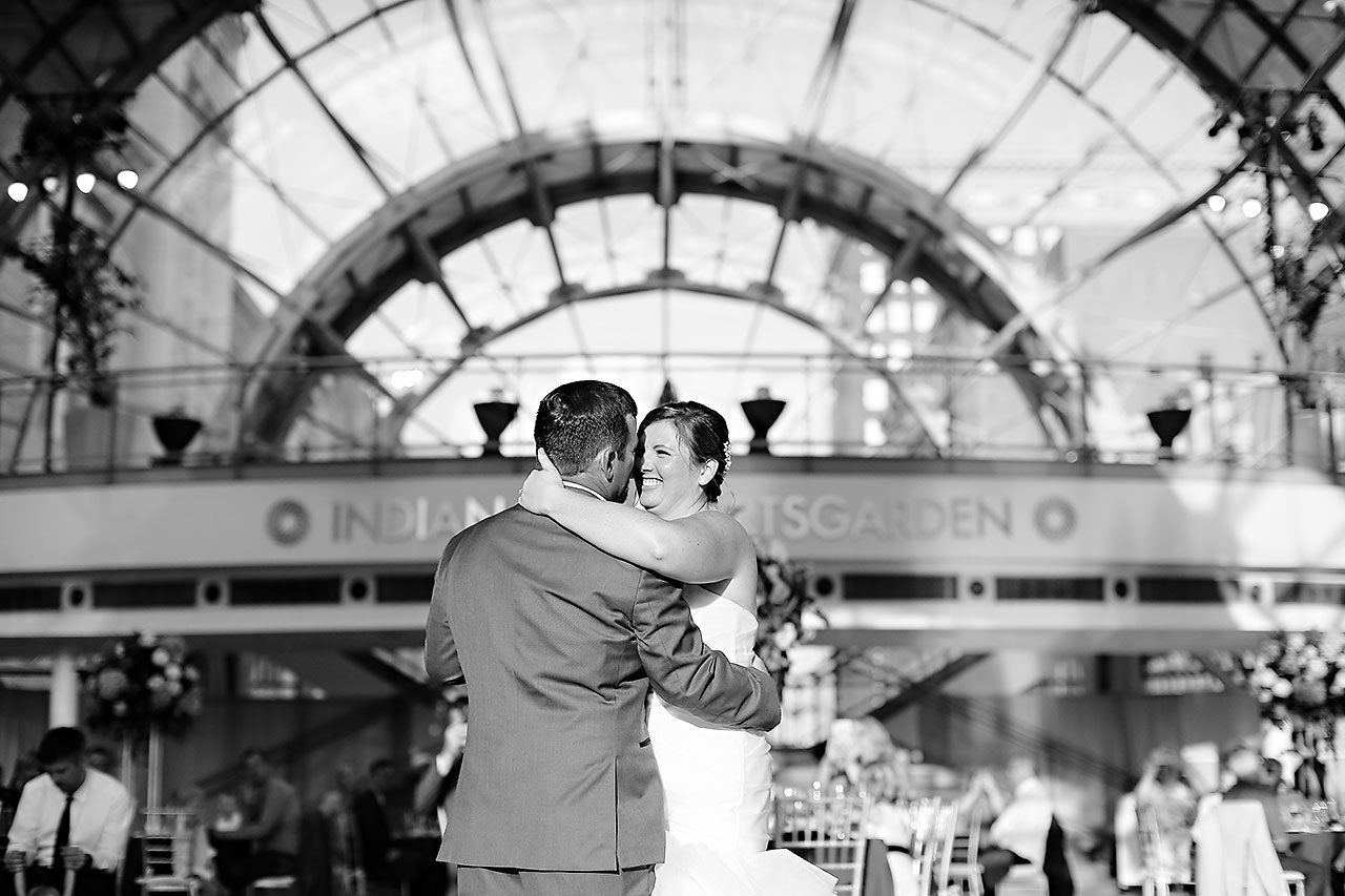 Erin John Artsgarden Indianapolis Wedding 287