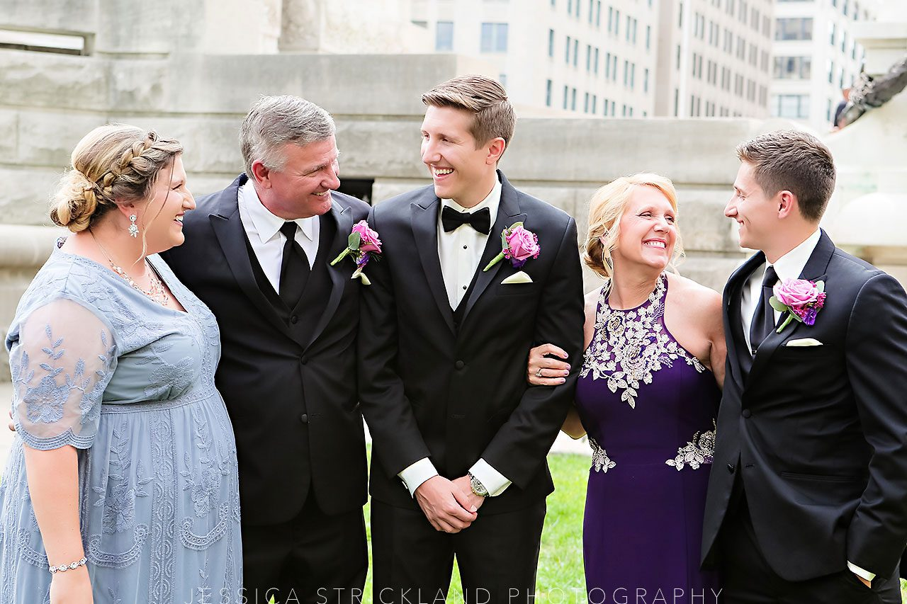 Serra Alex Regions Tower Indianapolis Wedding 088 watermarked