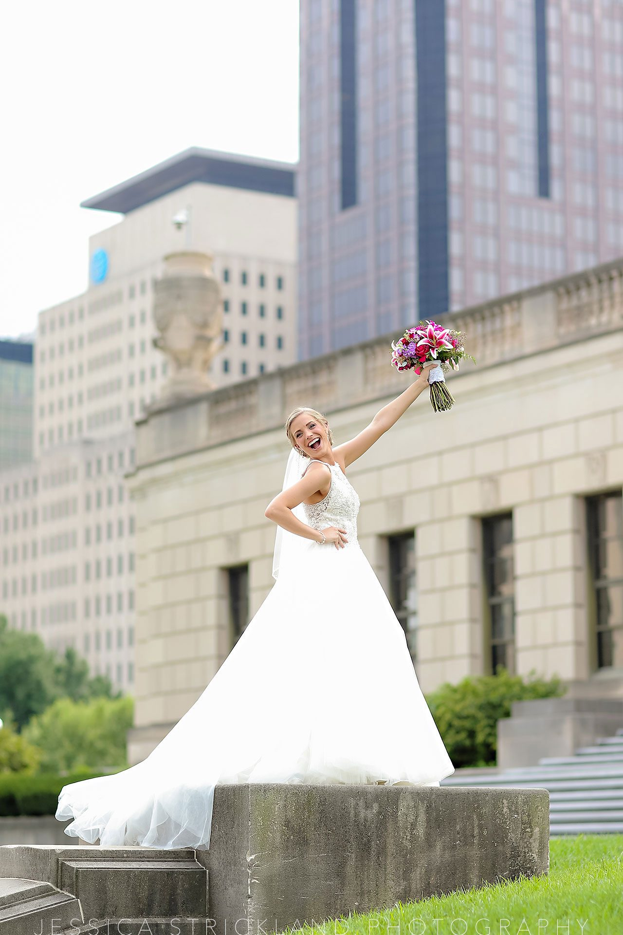 Serra Alex Regions Tower Indianapolis Wedding 121 watermarked