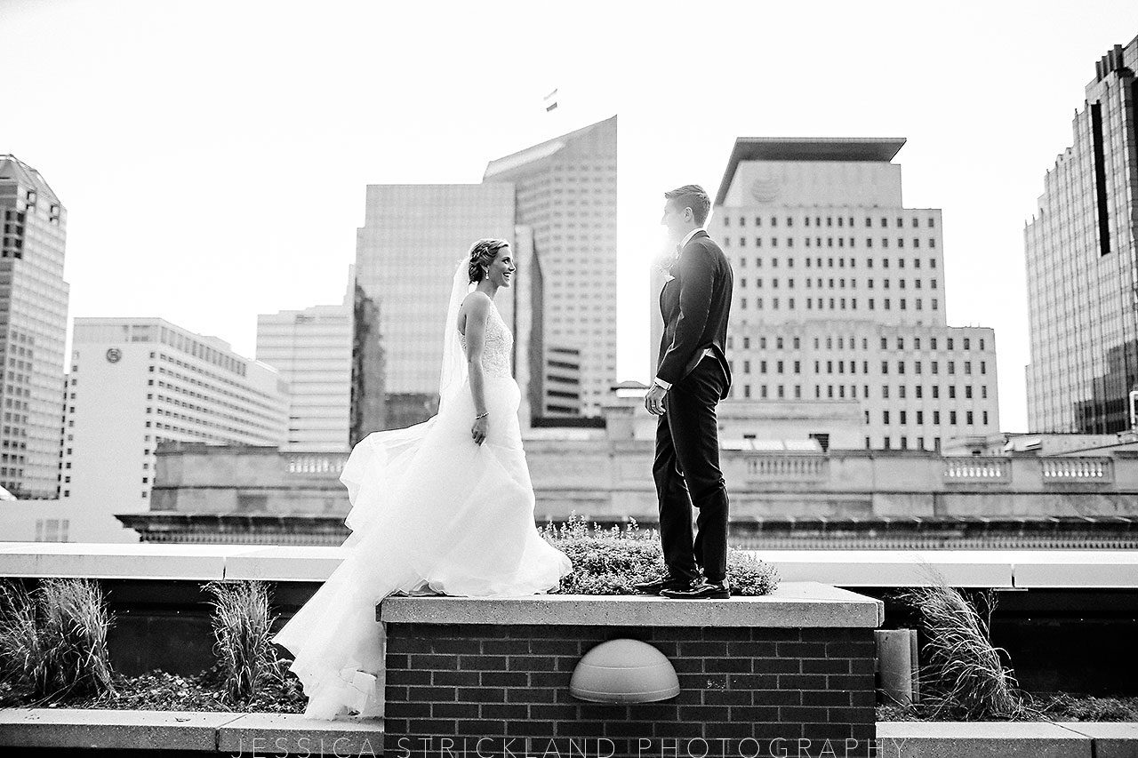 Serra Alex Regions Tower Indianapolis Wedding 256 watermarked