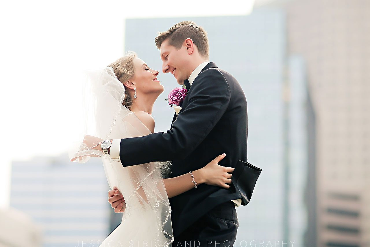 Serra Alex Regions Tower Indianapolis Wedding 260 watermarked