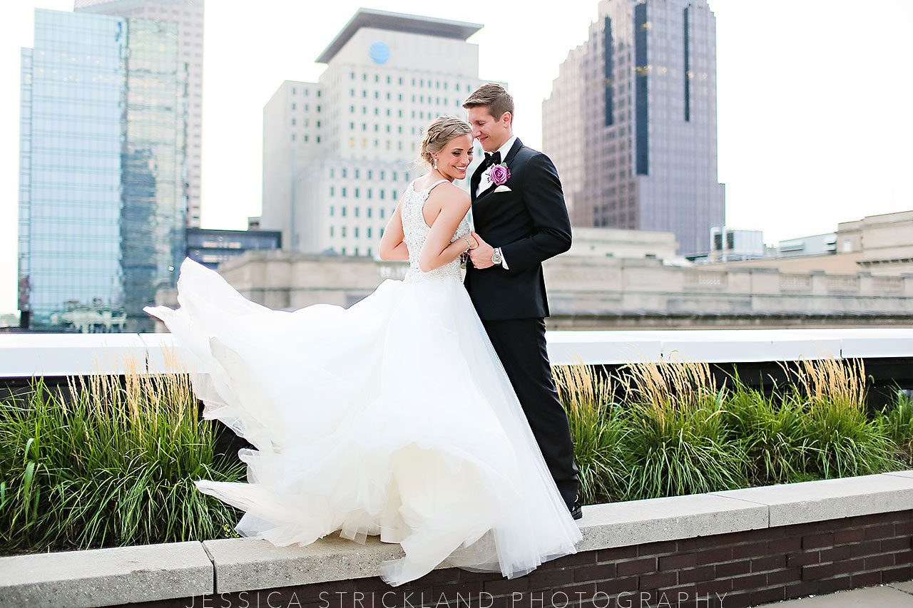 Serra Alex Regions Tower Indianapolis Wedding 320 watermarked