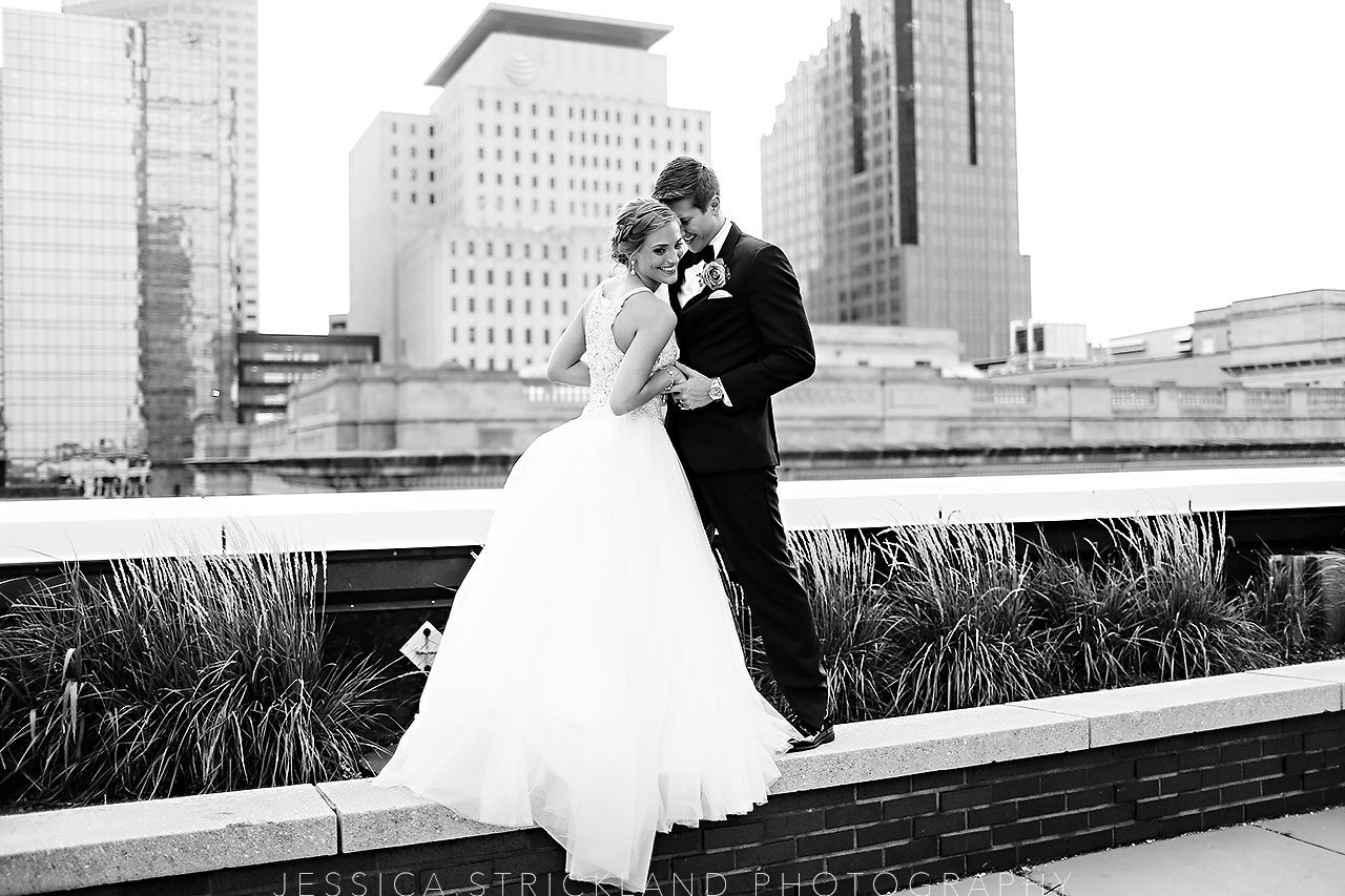 Serra Alex Regions Tower Indianapolis Wedding 334 watermarked