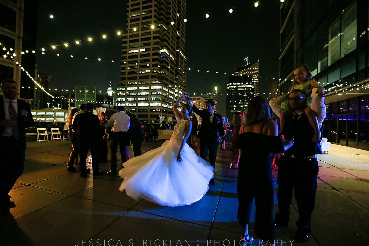 Serra Alex Regions Tower Indianapolis Wedding 415 watermarked