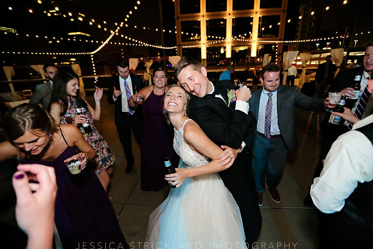 Serra Alex Regions Tower Indianapolis Wedding 419 watermarked