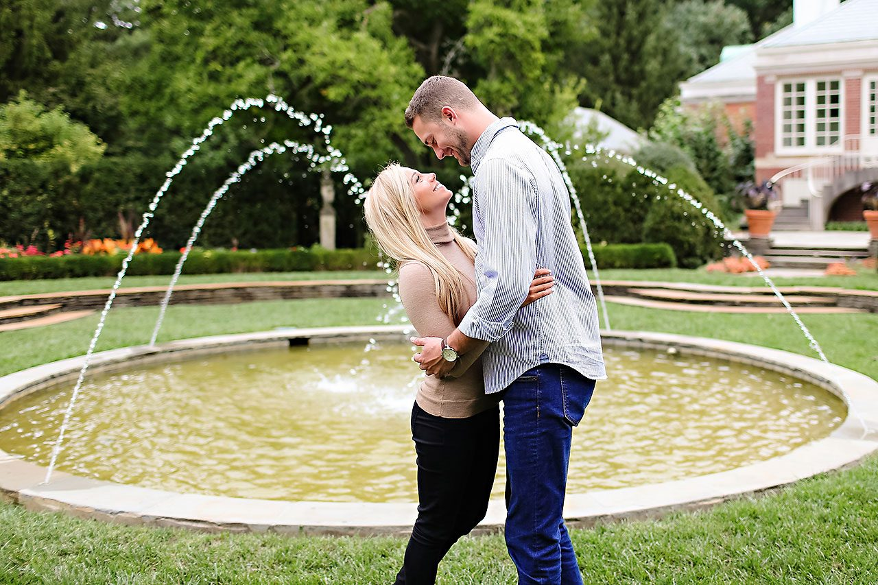Jennie Mark Downtown Indianapolis Engagement Session 046
